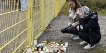 Un enfant de 3 ans poignardé à mort par son père