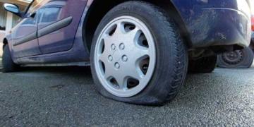France: Interpellé pour avoir crevé près de 6000 pneus de voiture