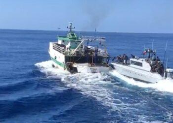 VIDEO. Un bateau de pêche tunisien mitraillé en haute mer