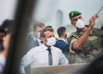 Liban: Un gouvernement de mission «formé dans les 15 jours», selon Macron